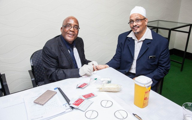 Minister of Health Dr Aaron Motsoaledi on Wednesday tested the HIV status of vice-president of the Moslem Judicial Council, Shaikh Achmat Sedick, at the launch of the Religious HIV Counselling and Testing (HCT) Programme, an initiative of the National Religious Association for Social Development (NRASD)